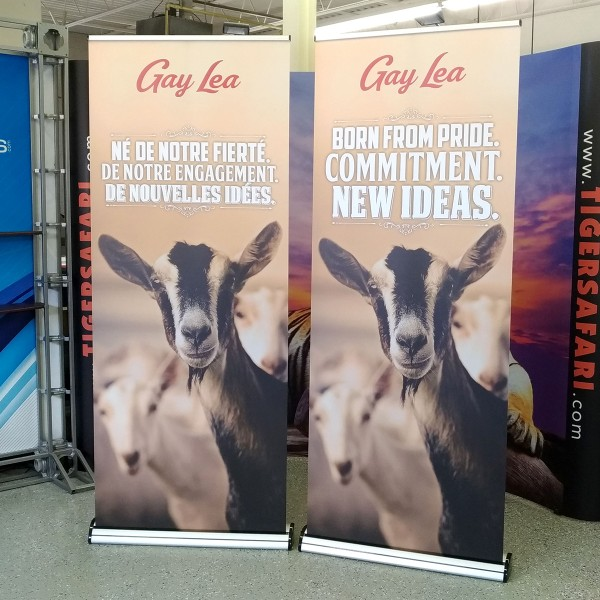 Barracuda Retractable Banner Stand - 31.5 x 83.35