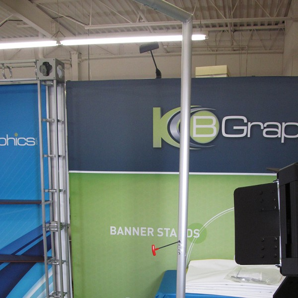 20' Horizontally Curved Fabric Trade Show Display with Multi-Shelf Ladder